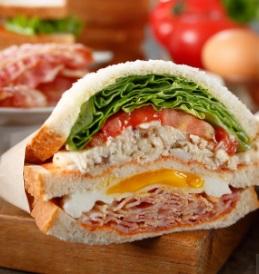 スタバ「クラブハウスサンドイッチ」