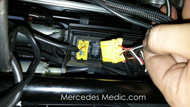 SRS Airbag Light Warning - Child Seat Recognition Sensor