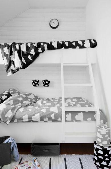 Set letto con nuvole, design Gunila Axèn
