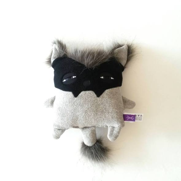 babylicantropo_velvet_mustache