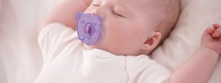 Ciuccio sì o ciuccio no per i bambini allattati al seno?