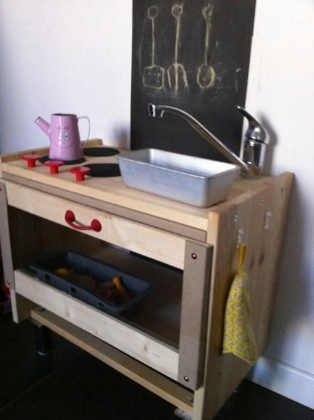 my play kitchen DIY