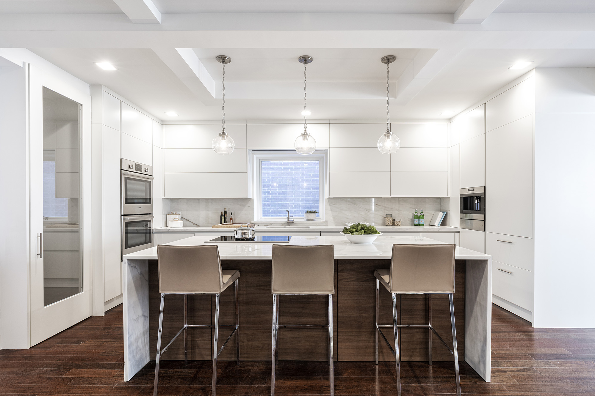 Photos Of White Kitchen Cabinets White Kitchen Cabinets A Timeless And Elegant Look The Mercury News