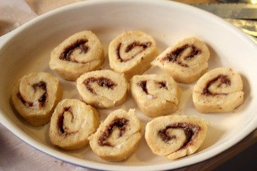 These cinnamon rolls are perfect for lazy Sunday mornings. They have all the flavor without any sugar or grains. They are low carb and a THM S.