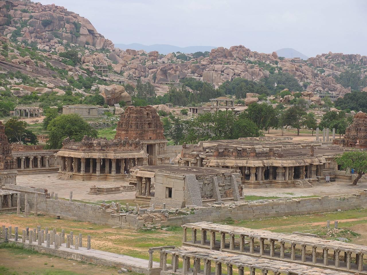 Hampi-temple-Vittala-view