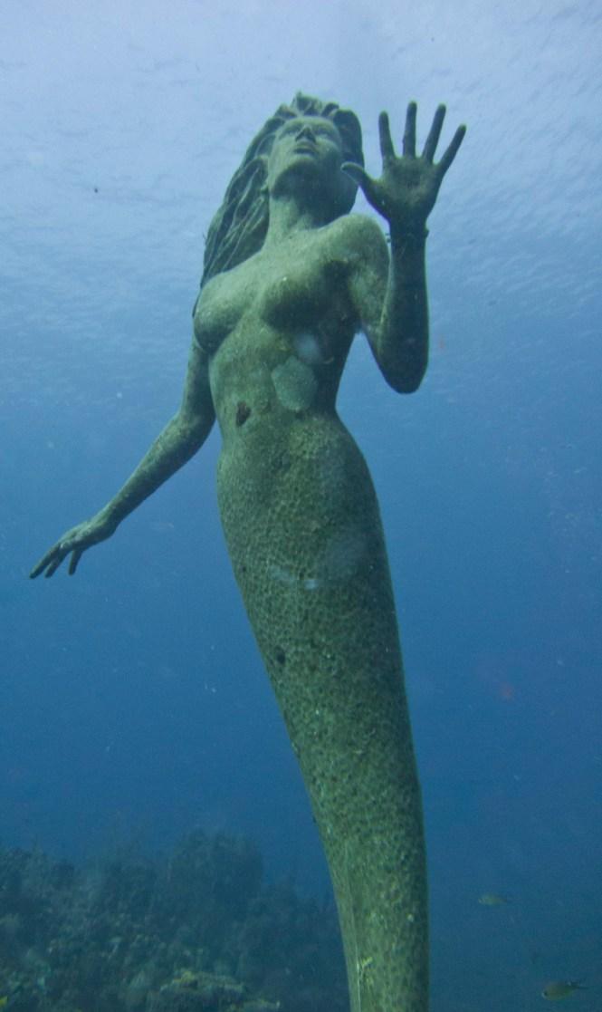 Amphitrite underwater mermaid sculpture
