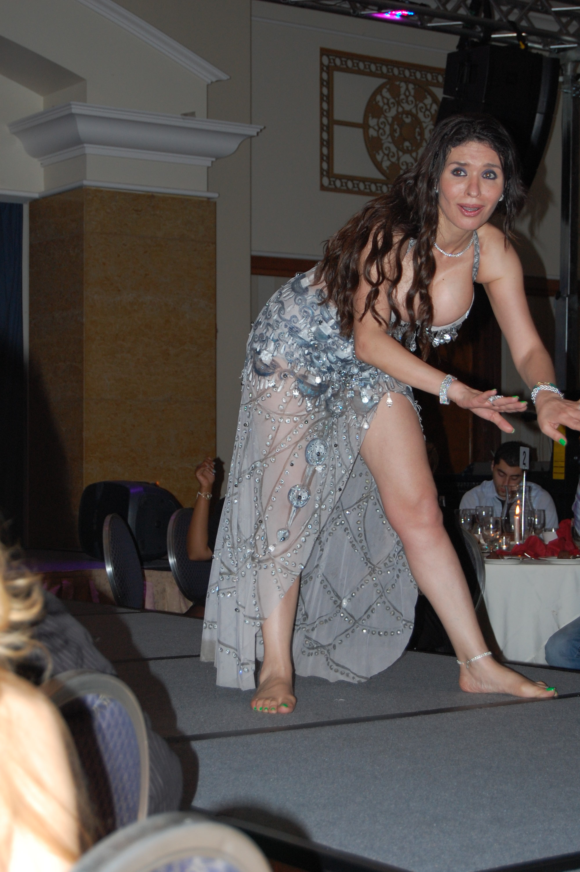 Cute Big Girl Wallpaper Dina In Dc Dancing Through Life