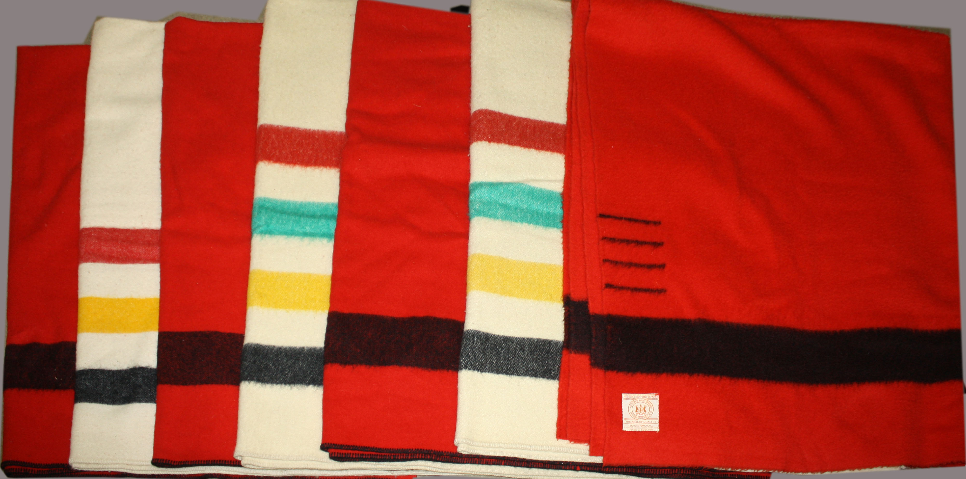 Camp Blankets Woolen Camp Blankets Including Hudson Bay Co Jpg Merrill S Auction