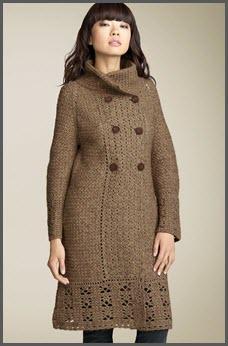 Вязаное пальто с элементами ажура