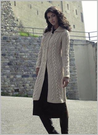 Пальто с рельфными узорами