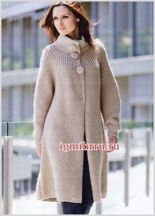 Элегантное вязаное пальто