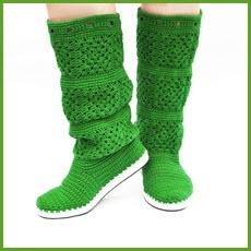 Фото с зелёными сапожками