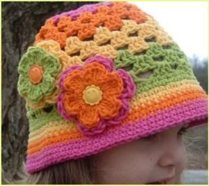 Нарядная детская шляпка