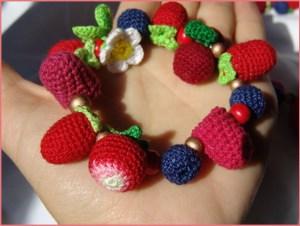 Браслет ягоды