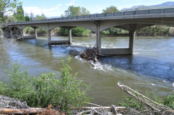 news-river