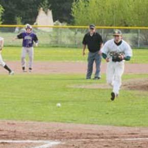 Mountain Lions batter Pateros, drop tough games to Brewster, Okanogan