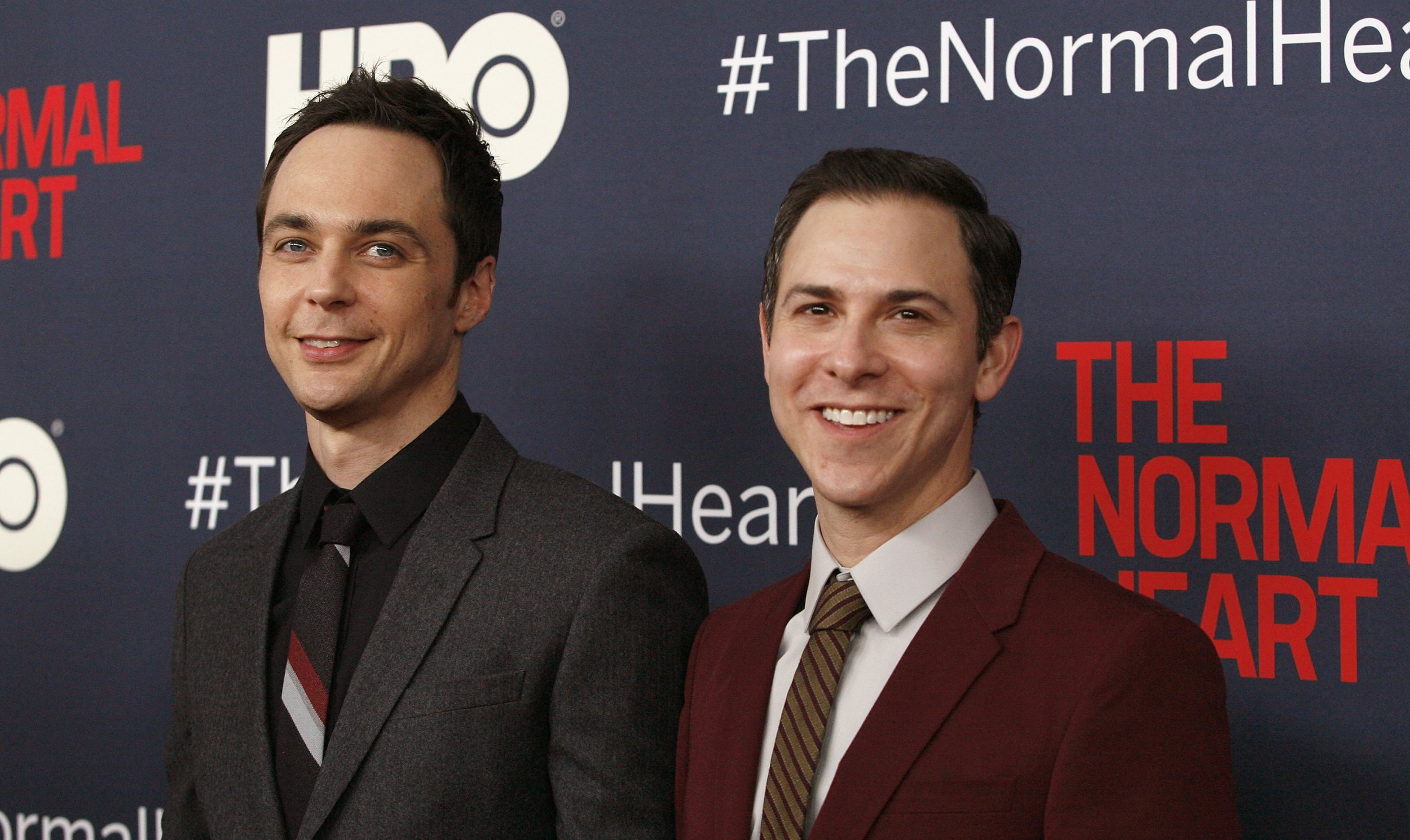 Big Bang Couch Gag The Big Bang Theory S Jim Parsons Marries Boyfriend Todd Spiewak