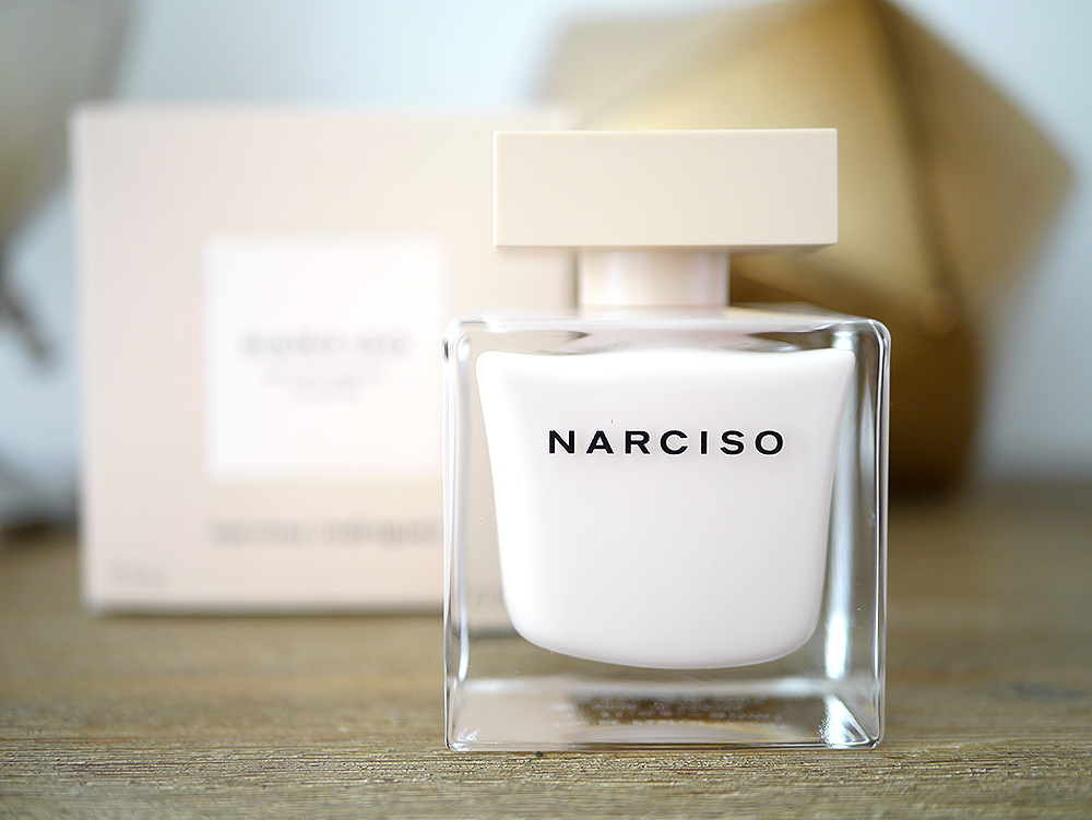 Narciso Rodriguez - Poudrée #coeuraveclesdoigts