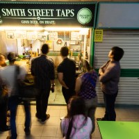 Premium And Craft Beer In A Hawker Stall - Smith Street Taps