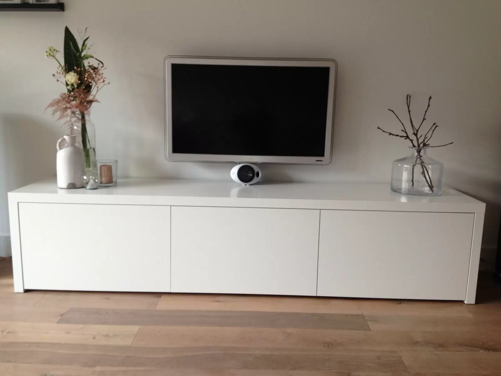 Dicht Tv Meubel : Tv kast dicht gesloten tv kast top tvmeubel emily cm with