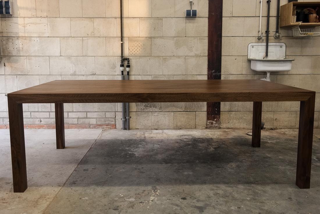 Notenhouten Design Eettafel.Notenhouten Tafel Noten Tafels Oak Steel