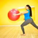 Kiểm soát những gì ăn vào và tập thể dục là cách mẹ bầu bị tiểu đường thai kỳ nên làm.