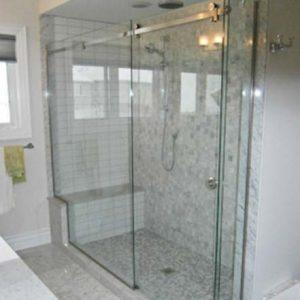 Puertas de vidrio innovaci n inmobiliario - Puertas de bano de vidrio ...