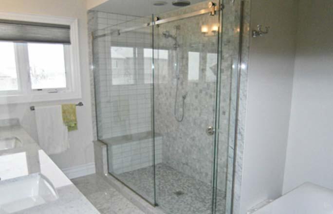 Puertas de vidrio para ba os innovaci n inmobiliario - Puertas de vidrio para chimeneas ...