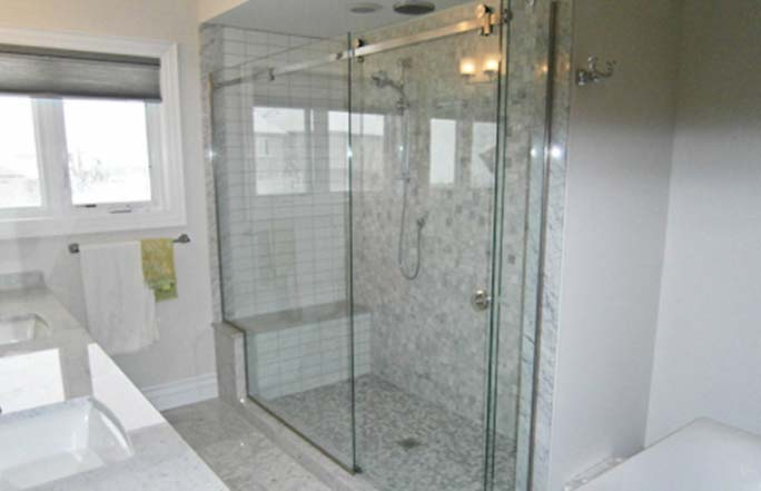 Puertas de vidrio para ba os innovaci n inmobiliario for Puertas de 0 60