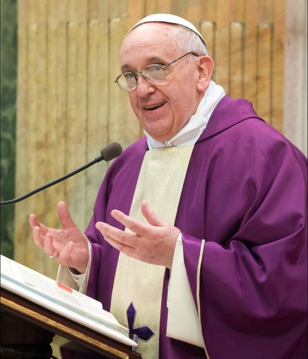 Pope-Francis-in-Lent