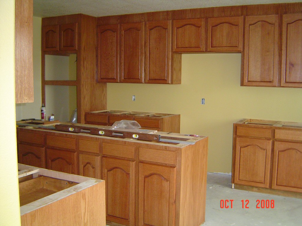 Red Kitchens With Oak Cabinets Cathedral Oak Kitchen Cabinets Kitchen Design Ideas