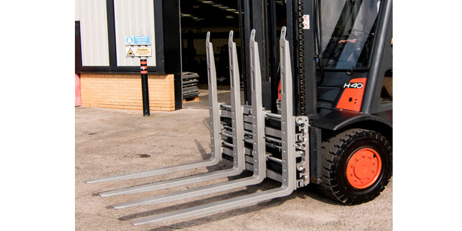B&B Attachments introduce KAUP Double Pallet Handler at IMHX 2016
