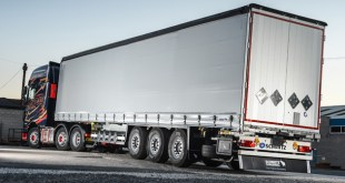 Schmitz Cargobull supplies trailer in two days for H Whittaker