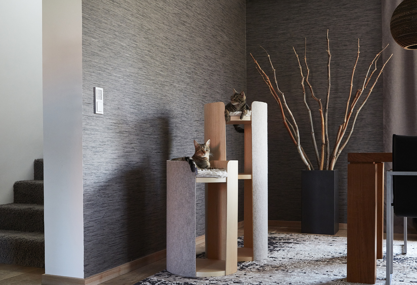 Hundskerle Torre Cat Scratching Post Miacara