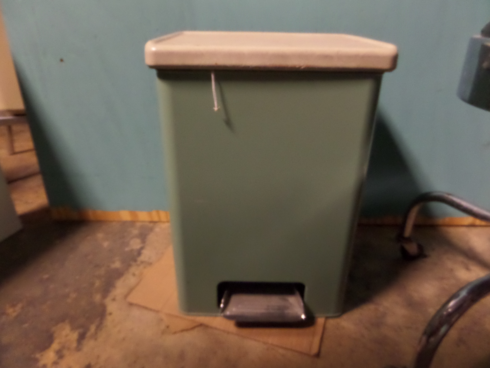 Vintage Kitchen Trash Can Mint Green Vintage Trash Can Miami Prop Rental