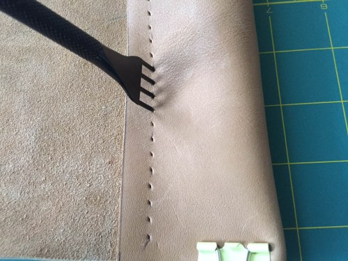 mkl michelleklare michelle liebmann leather camp stool diy speedy stitcher