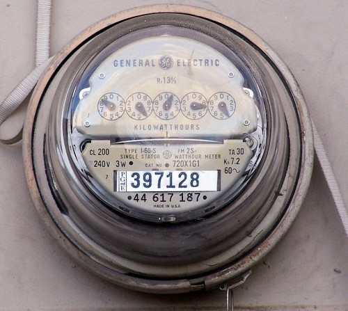 671px-Electrical_meter-e1369428782994