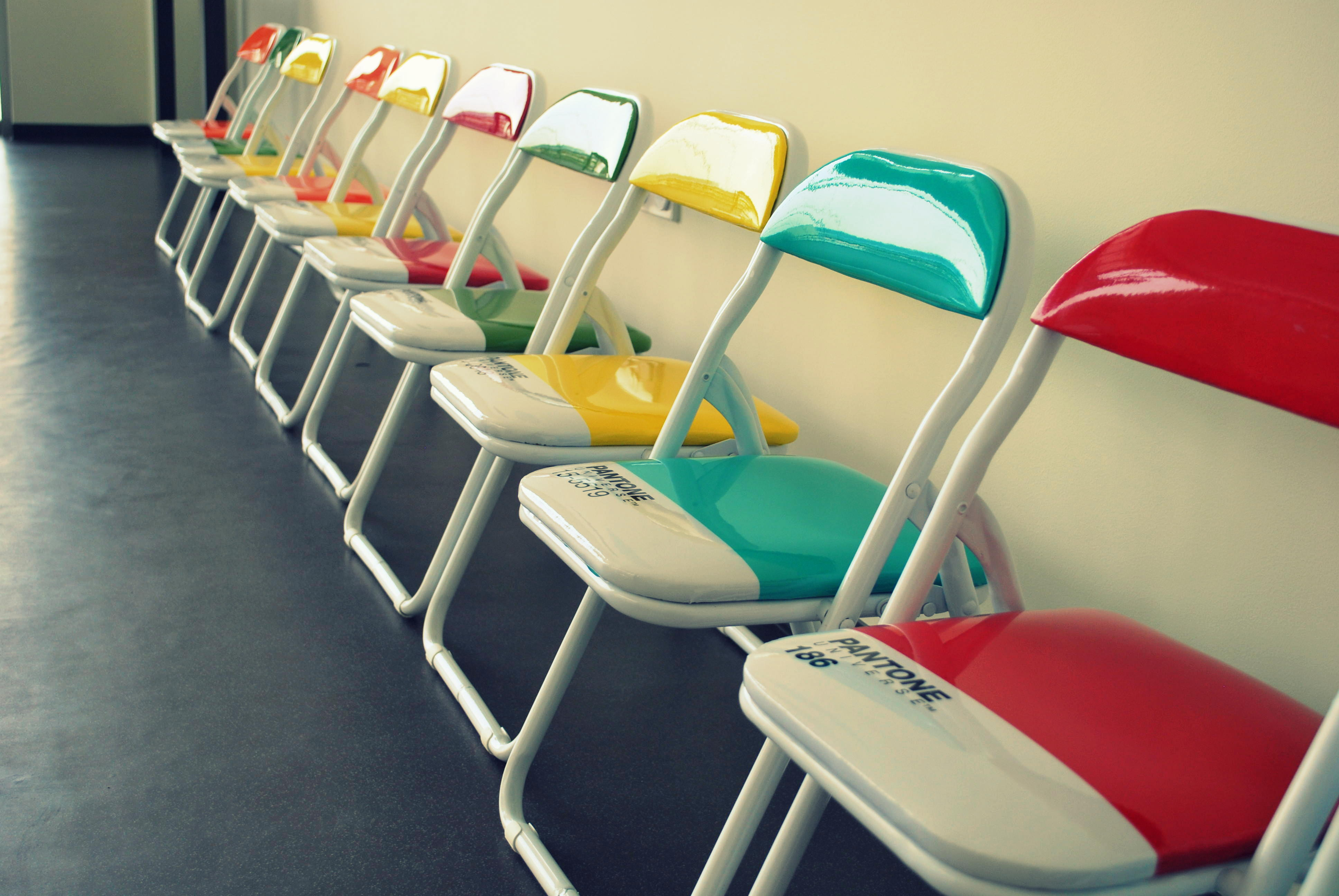 Apple Seeds Pantone Chairs Jpg Mea
