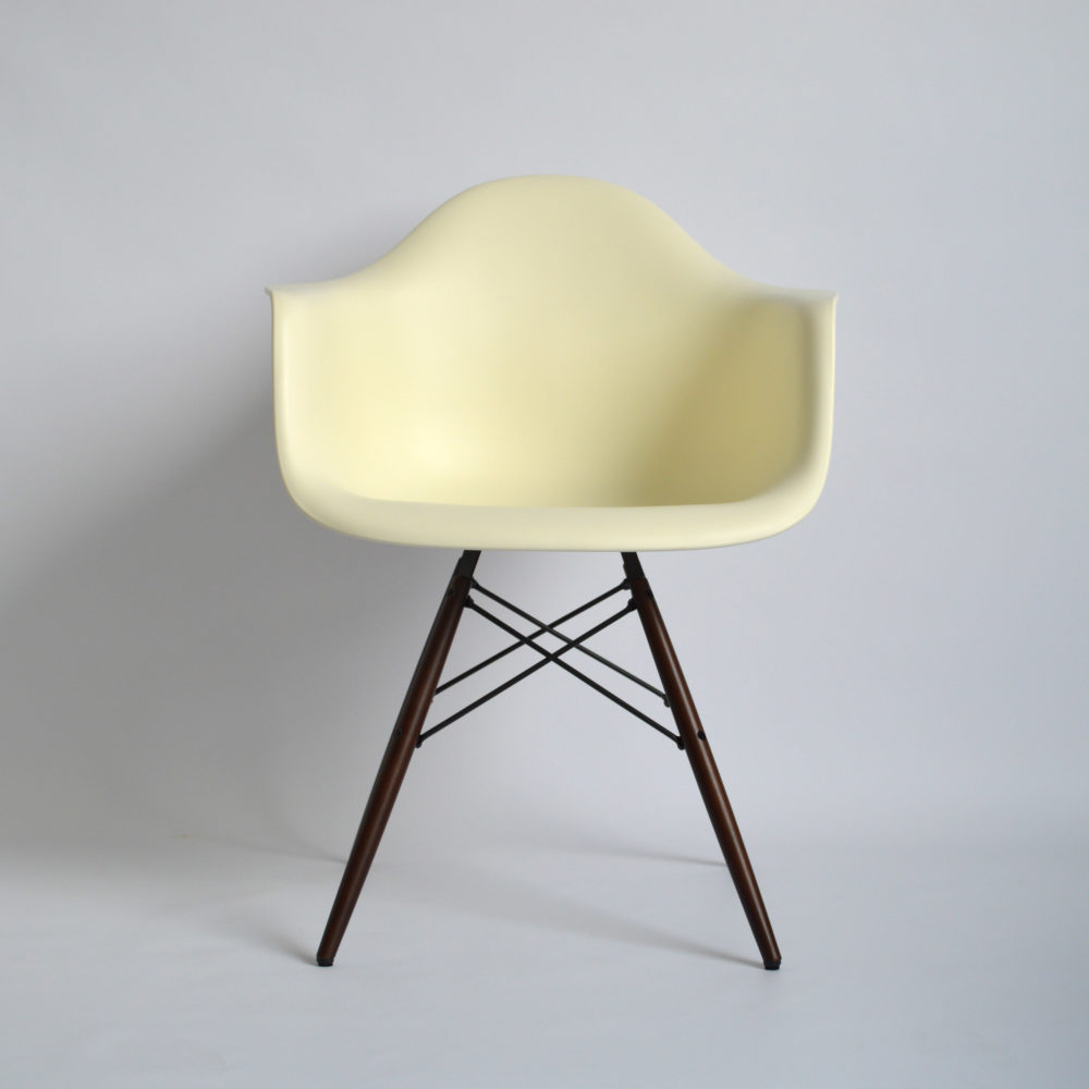 Stoel Zithoogte 60 Cm Vitra Eames Plastic Armchair Daw Creme Neue Höhe