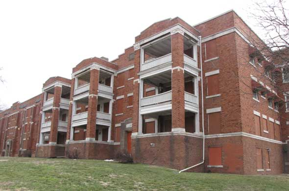 The Knickerbocker Apartments At 510 531 Knickerbocker Place In The  Valentine Neighborhood Is Among The Ten Most Endangered Buildings In Kansas  City, ...