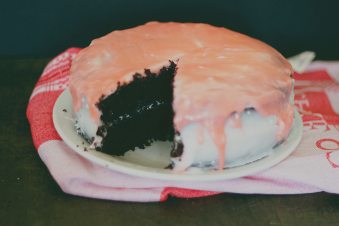 desserts worth the cheat (and the perfect Mother's Day treat): homemade chocolate cake