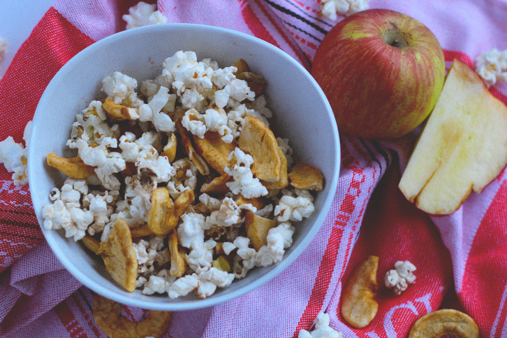 DIY microwave popcorn (with a seasonal twist)