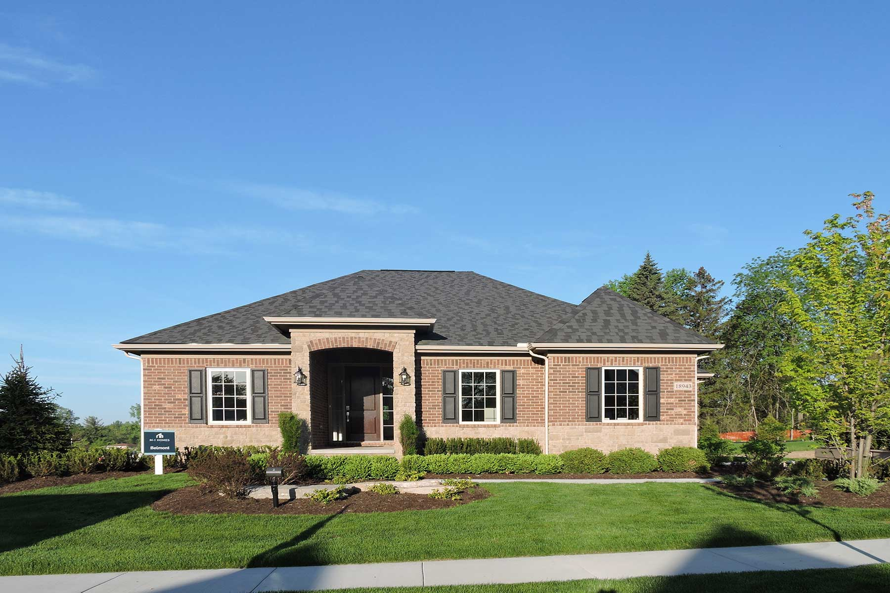 Pinnacle Homes Northville Ridge Hill Estates Homes For Sale In Northville Mi M