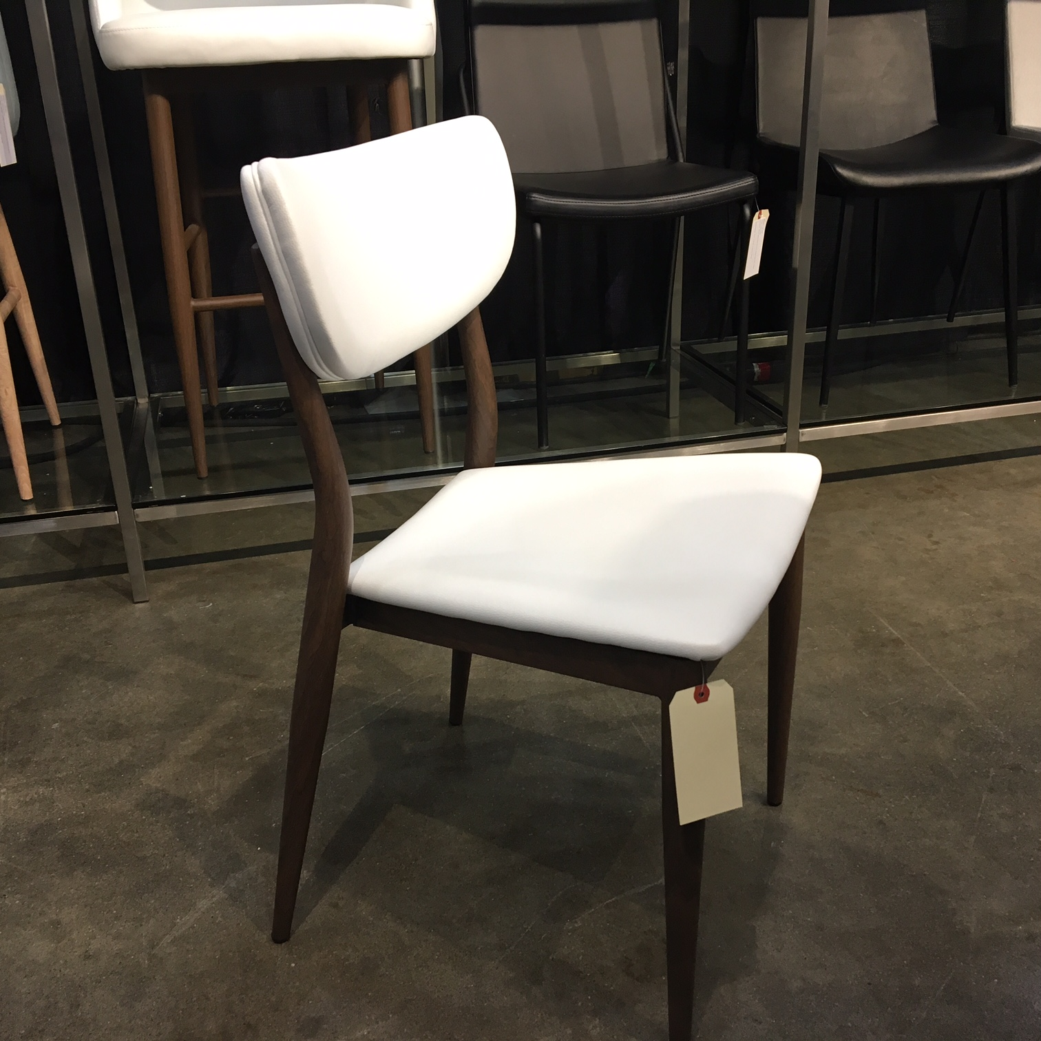 Bench Store Montreal Maverick Chair Mikaza Meubles Modernes Montreal Modern