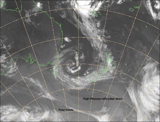 Satellite image for Jan 31 2015 (from http://www.metservice.com). The huge subtropical depression extending across the Tasman and New Zealand is clearly visible.
