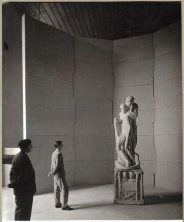 Ecco come era collocata la Pietà fino a qualche mese fa, all'interno della struttura BBPR (foto exibart.com)