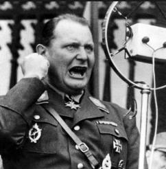 Hermann Göring che ideò i campi di sterminio