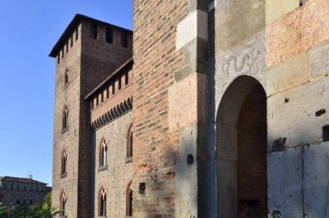 Vista del castello di Pavia (foto di Marino Nadia)