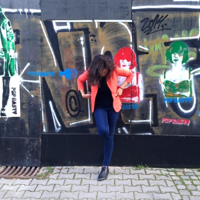 milanoff.com Cassie graffiti