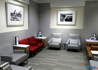 Admiral's Club LAX Remote Terminal seating.